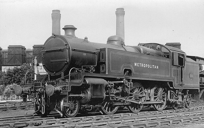 METROPOLITAN RAILWAY - 114 - Hally Metropolitan Railway Class K LNER Class L2 2-6-4T - built 03/25 by Armstrong Whitworth - 11/38 to LNER No.6161 - 05/43 withdrawn from Neasden MPD, where seen.