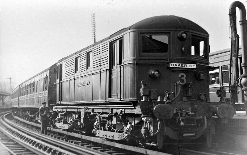 METROPOLITAN RAILWAY - ELECTRIC LOCOMOTIVE - 3 SIR RALPH VERNEY - MV Bo-Bo DC Electric - built 1922 by Metropolitan Vickers - 1935 to London Transport - 1961 withdrawn from passenger duties - 1962 scrapped.