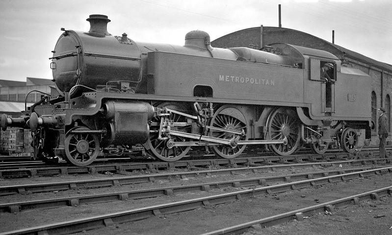 METROPOLITAN RAILWAY - 115 - Hally Metropolitan Railway Class K 2-6-4T - built 03/25 by Armstrong Whitworth - 07/38 to LNER No.6162 - 1/46 withdrawn from Neasden MPD, where seen in 1931.