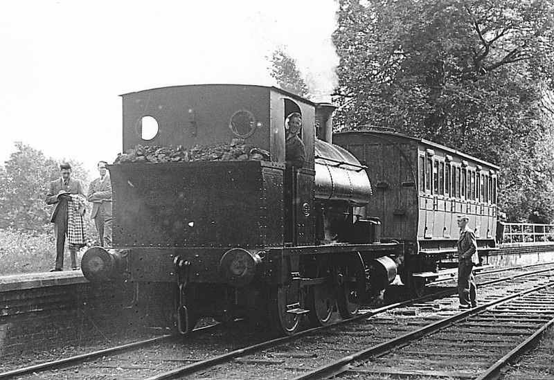 CORRINGHAM LIGHT RAILWAY - No.1 - built 1914 by Avonside Engine Works, Works No.1672 - 1933 acquired by CLR - 1955 withdrawn.<br /> The Corringham Light Railway in Corringham, Essex, opened to freight on 1 January 1901, to passengers on 22 June 1901. It closed to passengers on 1 March 1952 and was absorbed into the Mobil Oil Company on 20 September 1971. The railway itself went from an end on junction with the London Tilbury and Southend Railway at Thames Haven to both Corringham and Kynochtown (later Coryton).