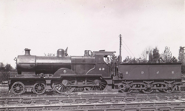 SOMERSET & DORSET JOINT RAILWAY - 68 - Johnson MR/LMS Class 483 2P 4-4-0 - built 04/21 by Derby Works - 1928 to S&DJR No.42, 1930 to LMS No.325, 08/49 to BR No.40325 - 10/51 withdrawn from 17A Derby. S&DJR locomotives were absorbed into LMS stock in 1930.