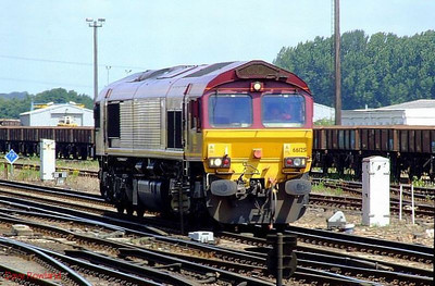EWS 66125 makes a light engine move at Eastleigh. 28th June 2008.