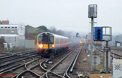 SWT 444 014 approaches Eastleigh with 2B23, the 09.39 Waterloo-Poole stopping service. 23rd December 2008.
