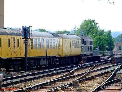 Another view of the test train as 31190 hauls the consist to Reading TMD. 22nd May 2008.