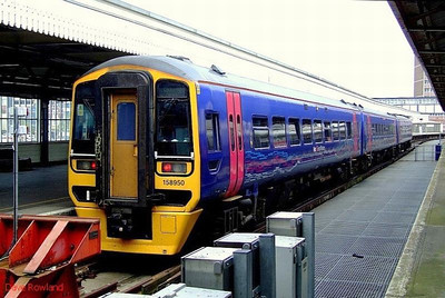 FGW 158 950 waits to depart Portsmouth Harbour with the 13.22 to Cardiff Central. 22nd May 2008.