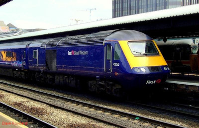 FGW 43155 is seen again in close-up at the head of a westbound HST service at Reading. 22nd May 2008.