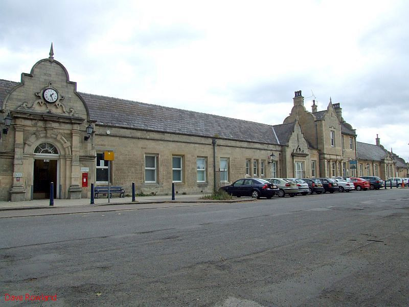 Worksop station, as viewed from the car park. 20th August 2009.