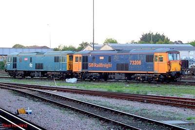 """GBRf 73206 """"Lisa"""" & 73208 """"Kirsten"""" Eastleigh. 21st May 2009."""