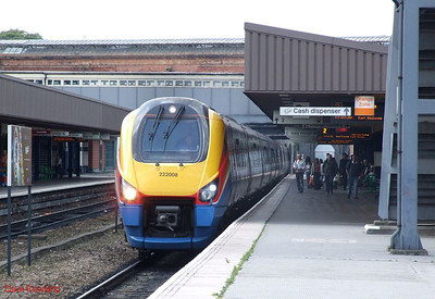 EM Meridian 222 008 is seen at Leicester with a St Pancras-Sheffield service. 23rd August 2009.