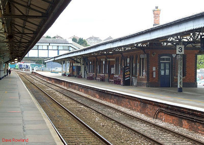 The up platform at Truro, looking towards Penzance. 8th May 2010.