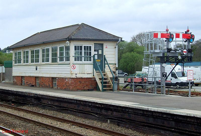 Par signalbox and semaphores at the Penzance end of the up platform. 8th May 2010.