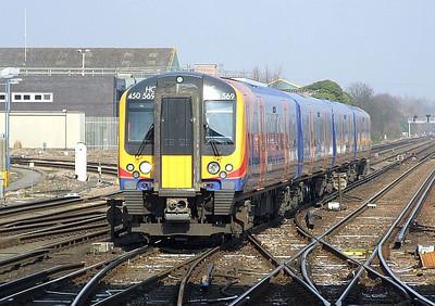 SWT 450 569, 5B97 09:52 Clapham Junction Yard-Northam ECS , Eastleigh, 8th March 2011.