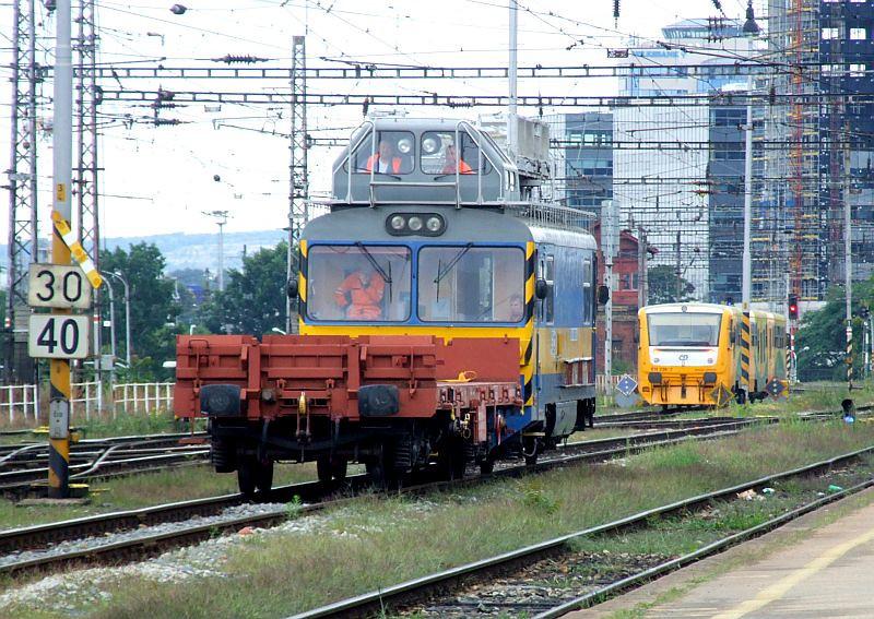 CD 439 020 (MVTV2-107), 814 238 Brno hlavni nadrazi 29th July 2011.