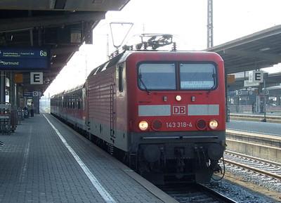DB 143 318 with a passenger train at Würzburg Hbf, 20th April 2011.