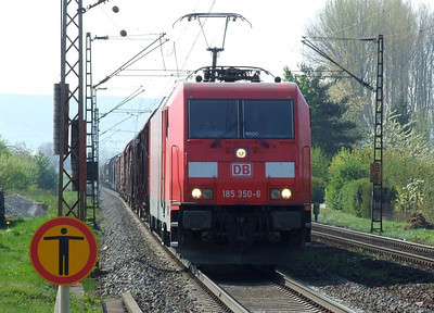 DB 185 350 speeds into Himmelstadt with a northbound freight working on 20th April 2011.