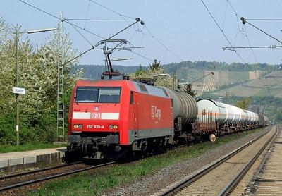 DB 152 039, Himmelstadt, 20th April 2011.