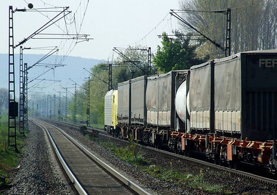 Dispolok 189 926 (ES64F4 026) passes south through Himmelstadt with a freight on 20th April 2011.