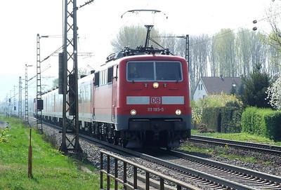 DB 111 185, Himmelstadt, 20th April 2011.