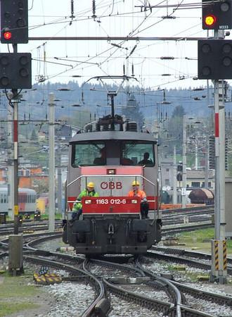 OBB 1163 012, Salzburg Hbf, 16th April 2011.