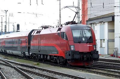 OBB Railjet 1116 226, Salzburg Hbf, 16th April 2011.