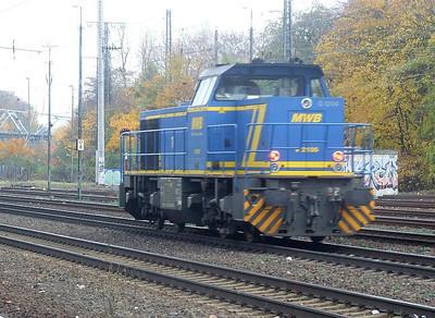 V2106 at Köln West, 13th November 2012.