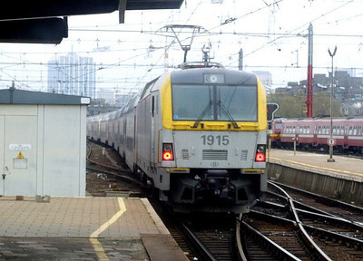 SNCB 1915 at Brussel Zuid, 12th November 2012.