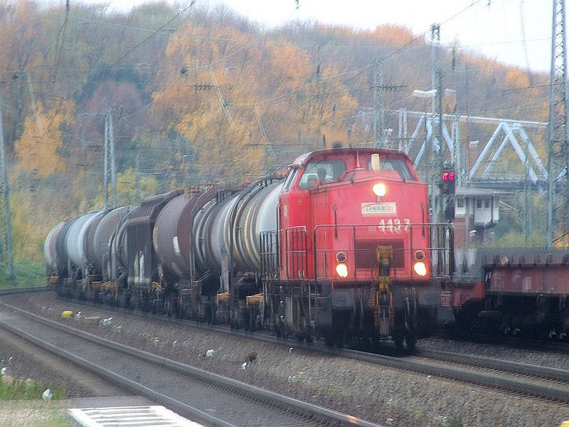 203 443 at Köln West, 13th November 2012.