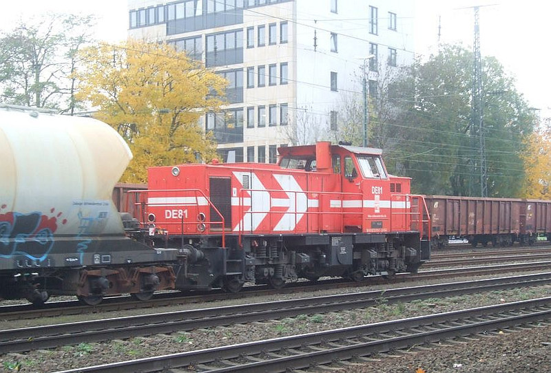 DE81 at Köln West, 13th November 2012.