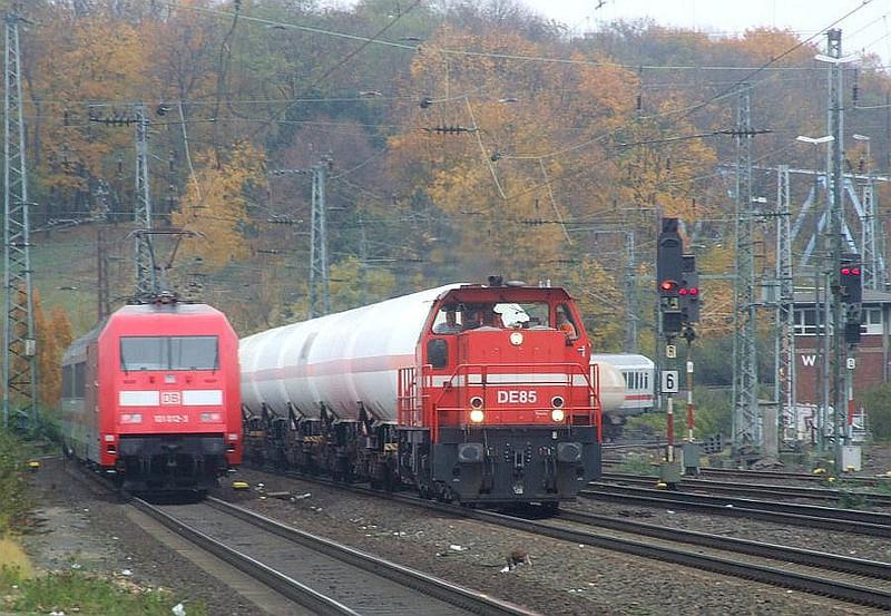 DB 101 012, DE 85 at Köln West, 13th November 2012.