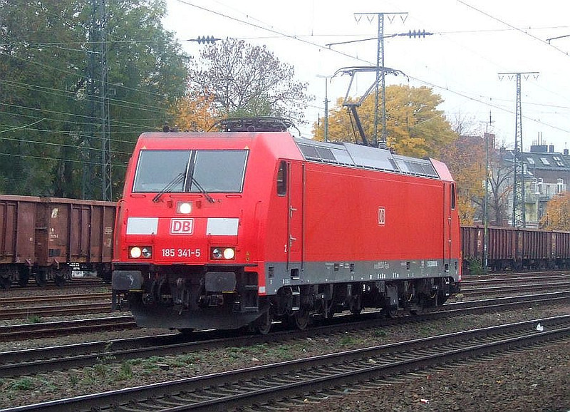DB 185 341 at Köln West, 13th November 2012.