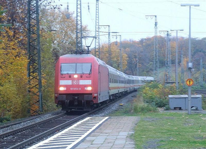 DB 101 014 at Köln West, 13th November 2012.