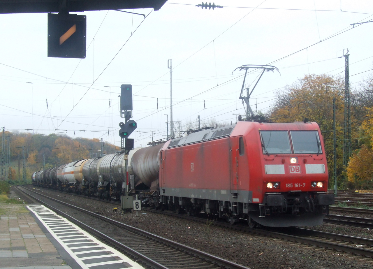 DB 185 161 at Köln West, 13th November 2012.
