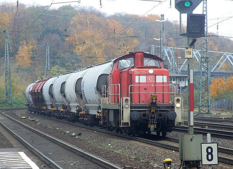 DB 294 725 at Köln West, 13th November 2012.