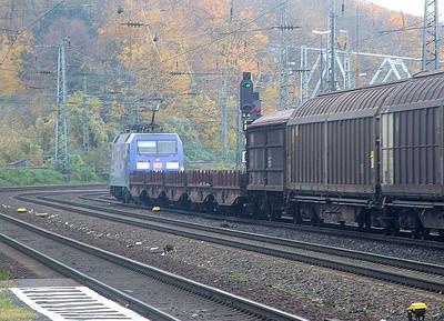 152 137 at Köln West, 13th November 2012.