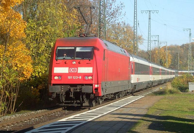 DB 101 123 at Köln West, 14th November 2012.