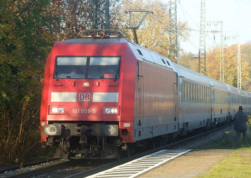 DB 101 006 at Köln West, 14th November 2012.