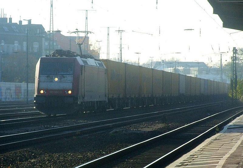 185 602 at Köln West, 14th November 2012.