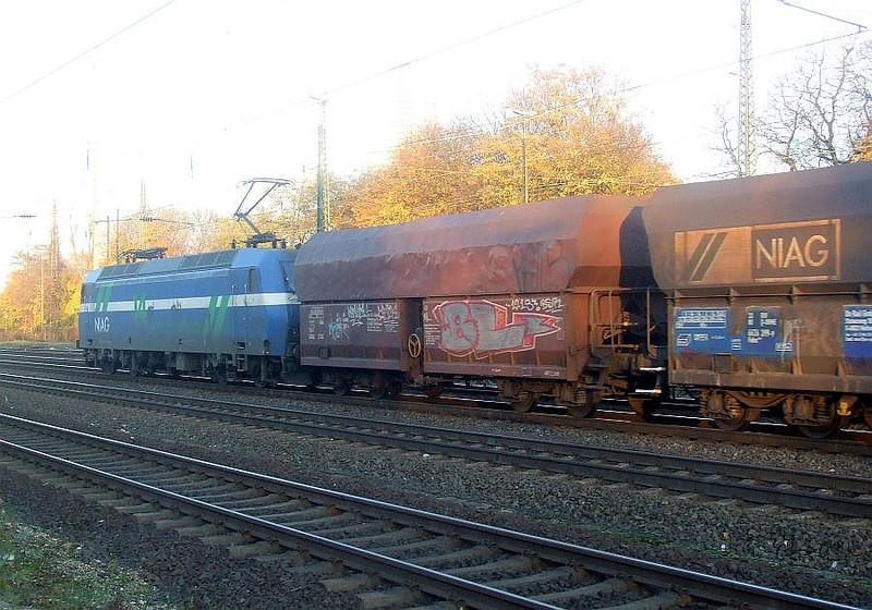 145 086203 443 at Köln West, 14th November 2012.
