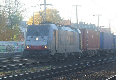 186 103 at Köln West, 14th November 2012.