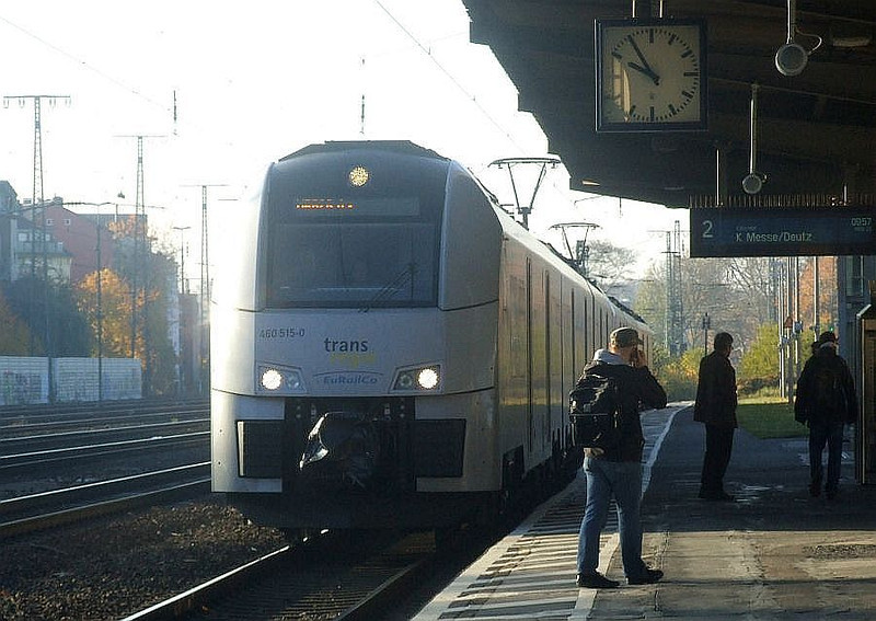DB 460-515 + 460-013 at Köln West, 14th November 2012.