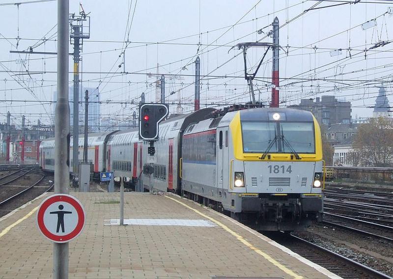 SNCB 1814 at Brussel Zuid, 15th November 2012.