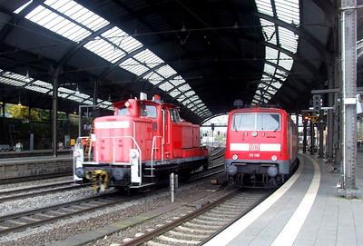 DB 363 651, 111 116 at Aachen Hbf, 15th November 2012.