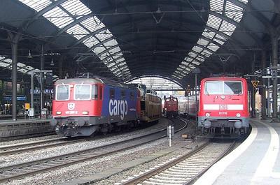 SBB Cargo 421 387, DB 111 116 at Aachen Hbf, 15th November 2012.