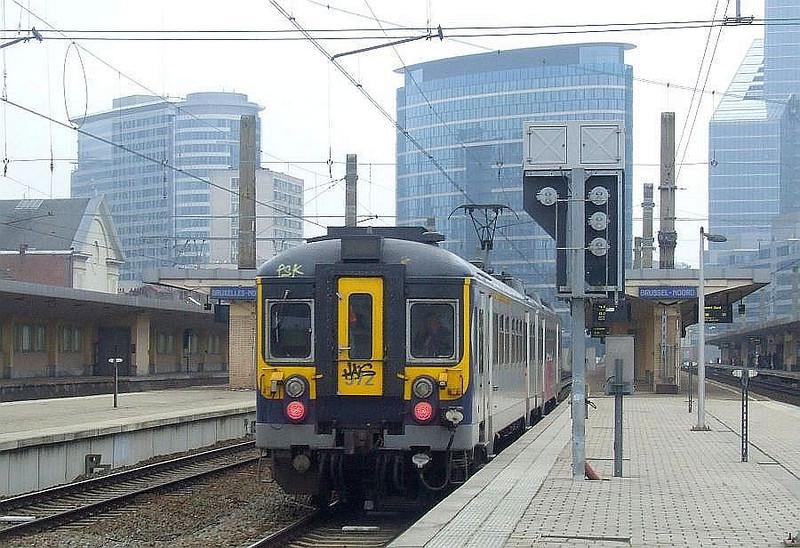 SNCB 972 at Brussel Noord, 15th November 2012.