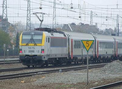 SNCB 1875 at Brussel Noord, 15th November 2012.