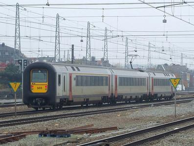SNCB 569 at Brussel Noord, 15th November 2012.