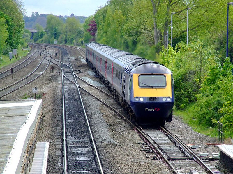 An unidentified FGW HST speeds through Tilehurst on the down fast on 15th May 2012.