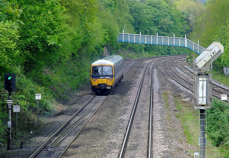 FGW 166 214 passes Tilehurst with a Paddington-Oxford fast service on 15th May 2012.