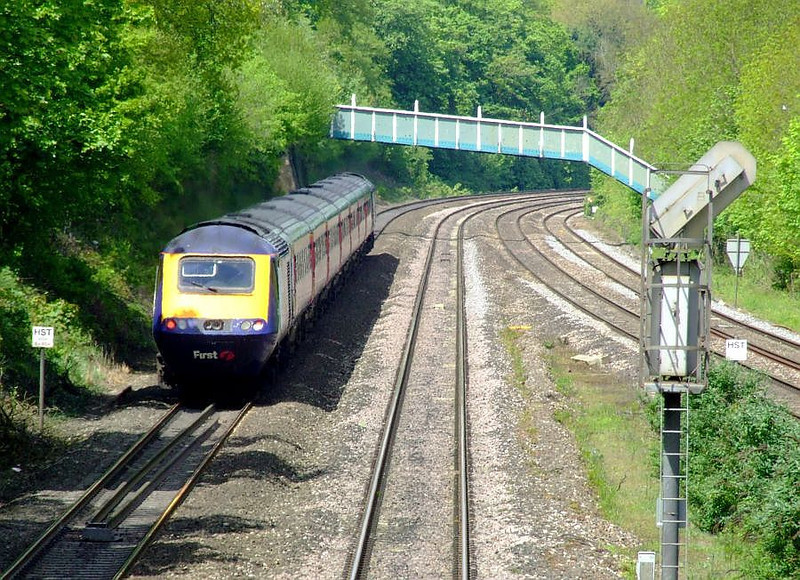 43146 heads an FGW HST past Tilehurst on the down fast on 15th May 2012.