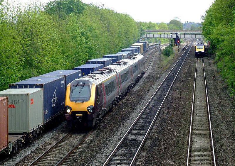 XC Voyager, FL 66536, FGW HST, Tilehurst. 15th May 2012.